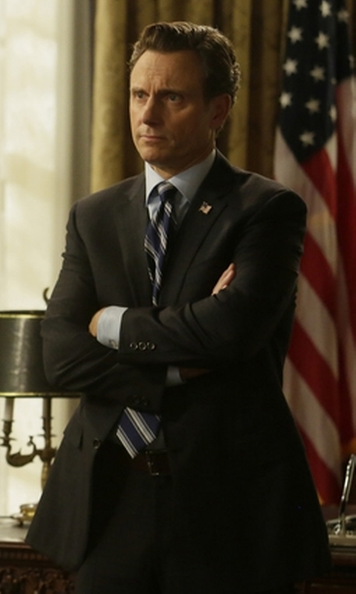 Tony Goldwyn with Brooks Brothers Fitzgerald Fit Two-Button Suit in Scandal