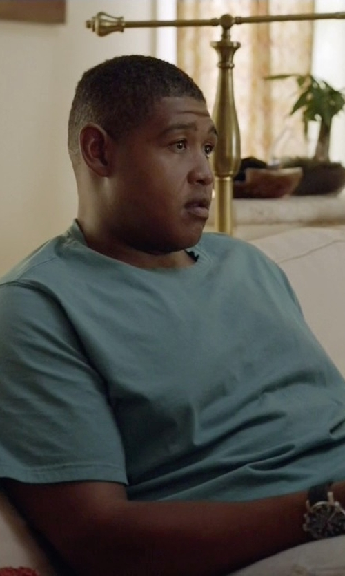 Omar Benson Miller with James Perse Crew Neck Cotton Jersey T-Shirt in Ballers