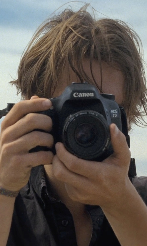 Ellar Coltrane with Canon EOS 7D Mark II Digital SLR Camera in Boyhood