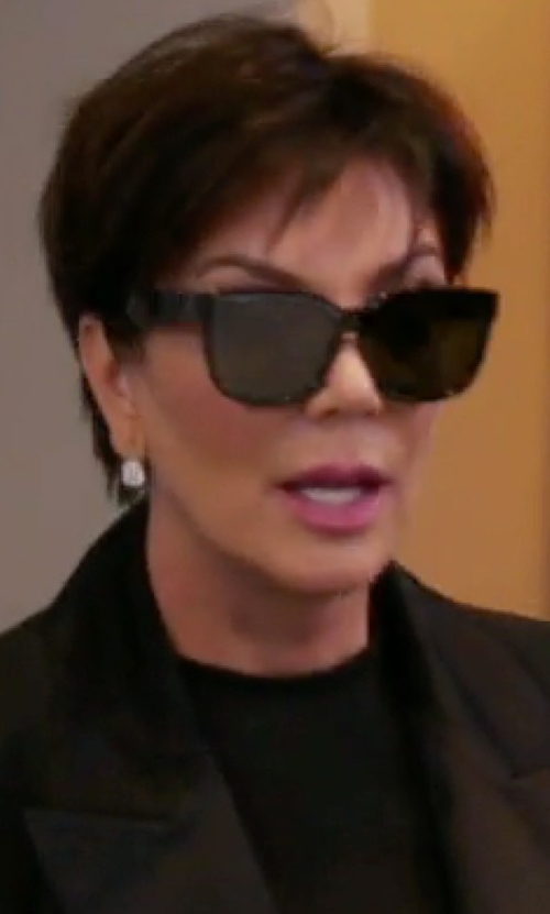 Kris Jenner with Lauren Ralph Lauren RL8135 Sunglasses in Keeping Up With The Kardashians