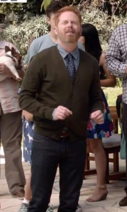 Jesse Tyler Ferguson with Trafalgar 'Connor' Leather Belt in Modern Family