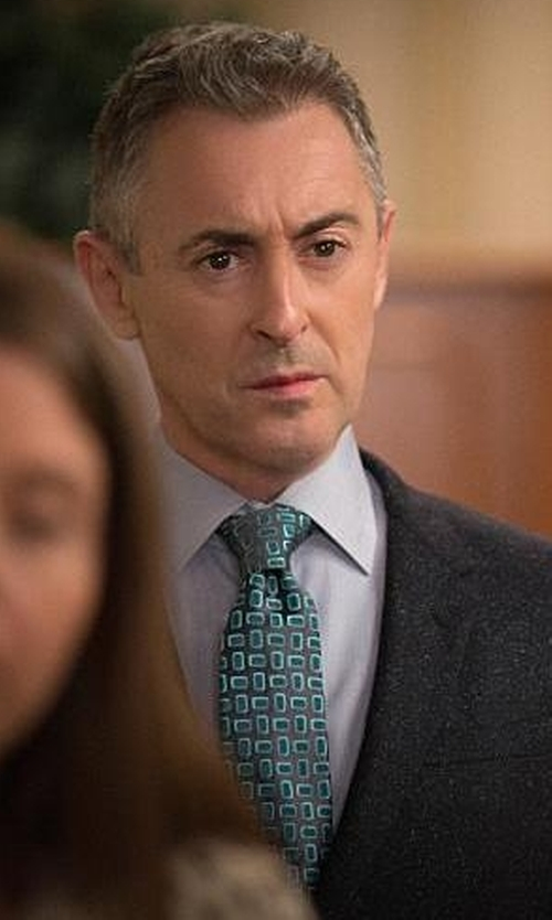 Alan Cumming with Lanvin Patterned Tie in The Good Wife