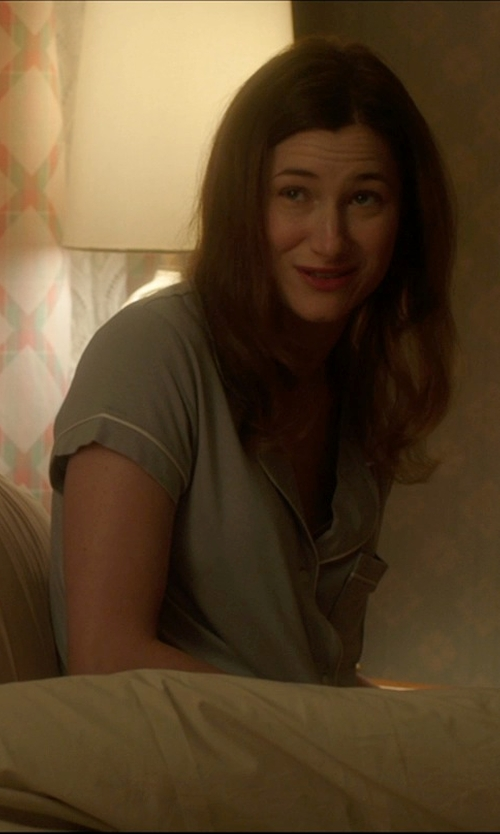 Kathryn Hahn with West Elm Mid-Century Table Lamp in The D Train