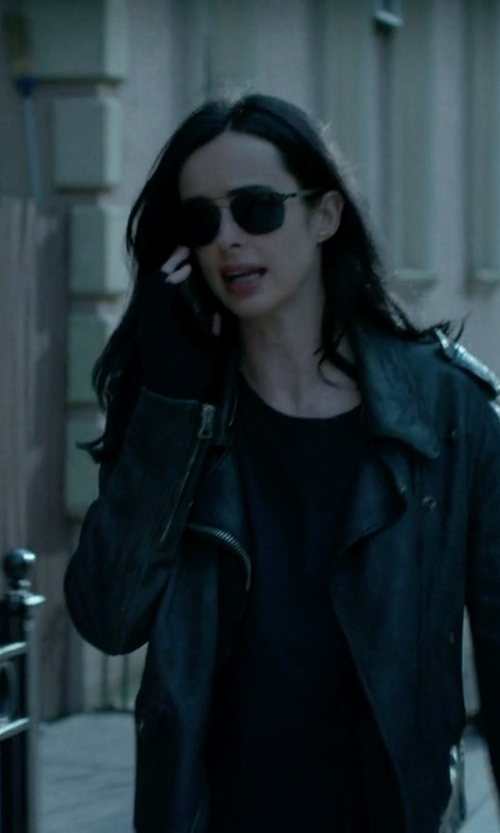 Krysten Ritter with Marc by Marc Jacobs Aviator Sunglasses in Jessica Jones
