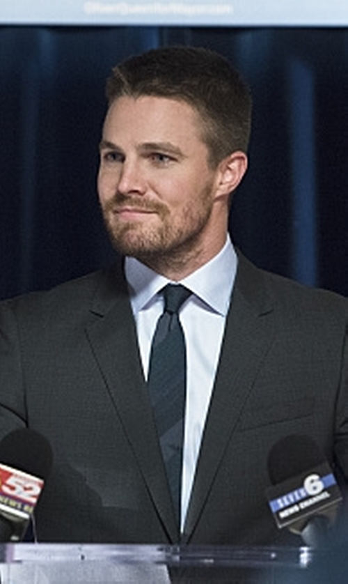 Stephen Amell with Les Hommes Tie in Arrow