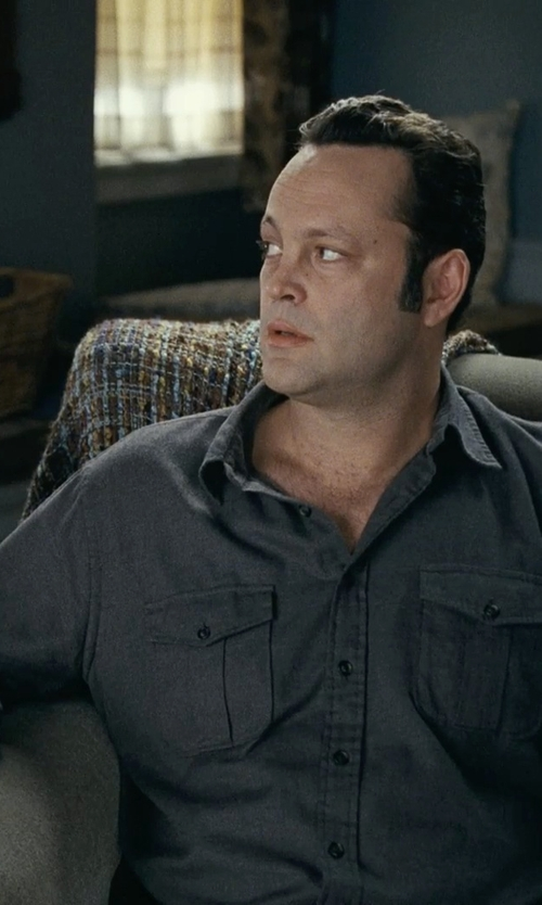 Vince Vaughn with Patagonia Men's Chambray Workwear Long Sleeve Shirt in Couple's Retreat