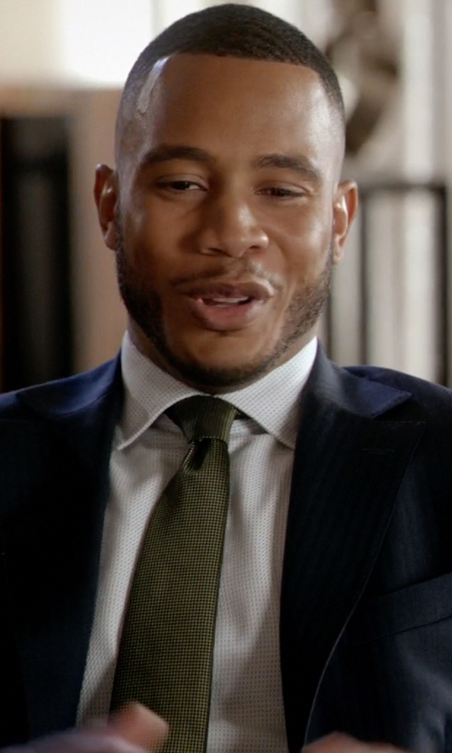 Trai Byers with Forzieri Solid Pure Silk Satin Silk Tie in Empire