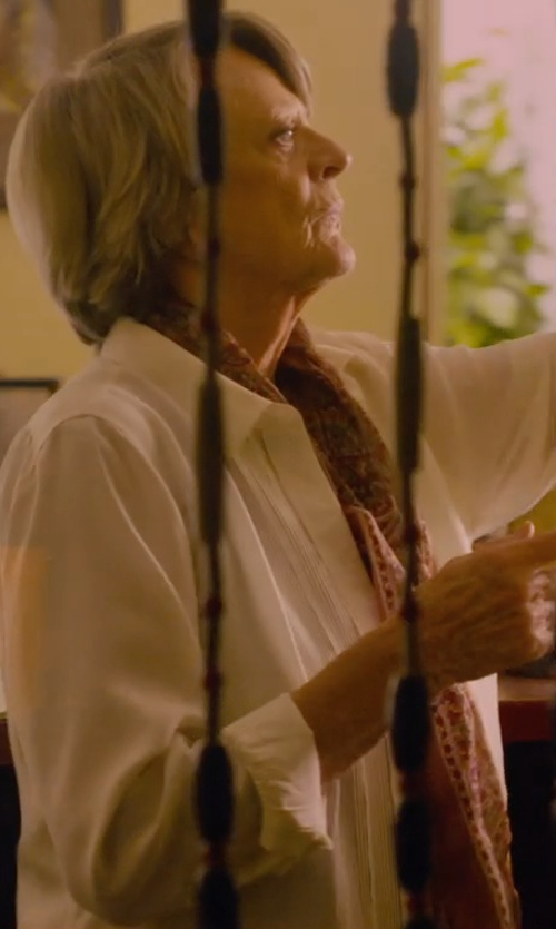 Maggie Smith with Etro Paisley-Print Cashmere Scarf in The Second Best Exotic Marigold Hotel