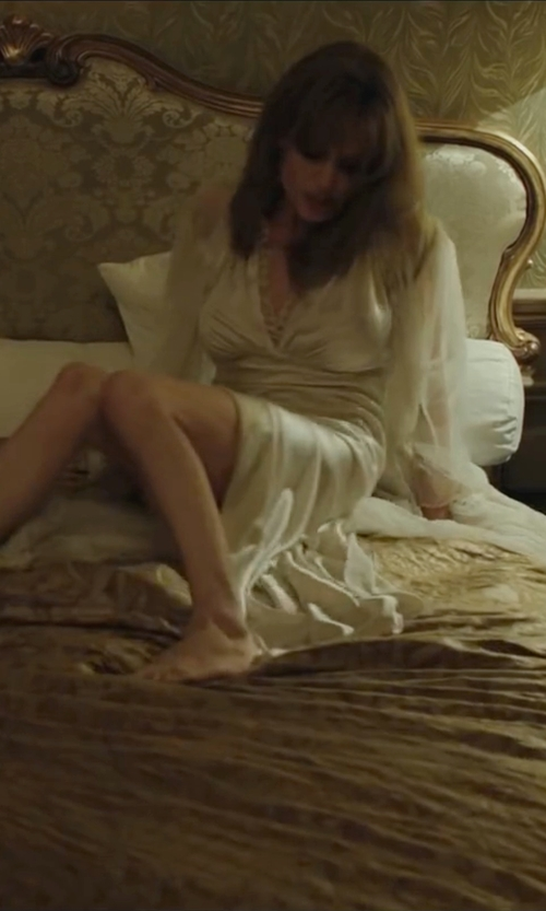 Angelina Jolie with Soma Silk Lace Short Robe in By the Sea