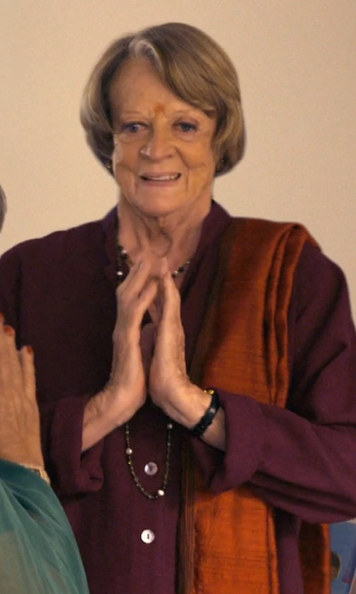 Maggie Smith with Forzieri Pashmina & Silk Fringed Shawl in The Second Best Exotic Marigold Hotel
