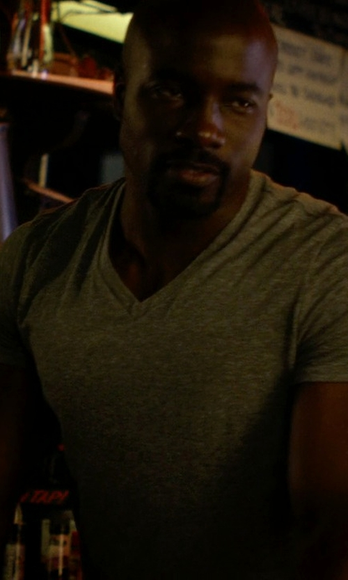 Mike Colter with Reiss V-Neck T-Shirt in Jessica Jones
