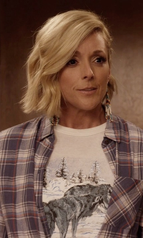 Jane Krakowski with Aglini Flannel Button Down Shirt in Unbreakable Kimmy Schmidt
