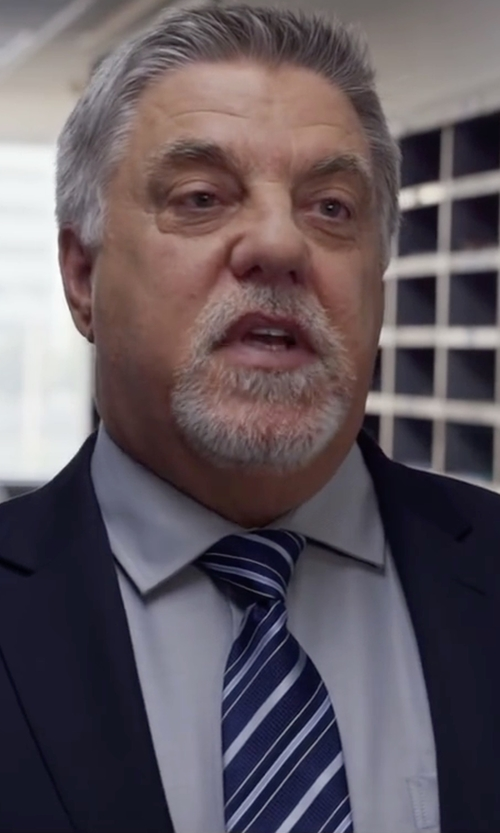 Bruce McGill with Moreschi Regimental Woven Silk Tie in Ride Along 2