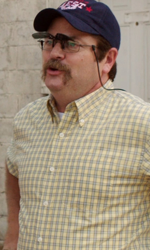 Nick Offerman with Private Island Flip Up Wayfarer Style Glasses in We're the Millers