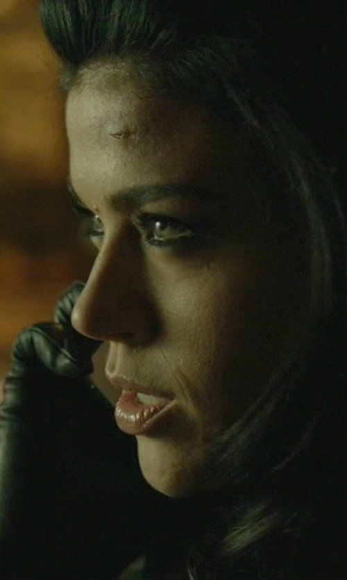 Adrianne Palicki with Adrienne Vittadini Women's Leather Gloves in John Wick