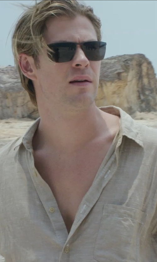Chris Hemsworth with Linberg 8576 Sunglass in Blackhat