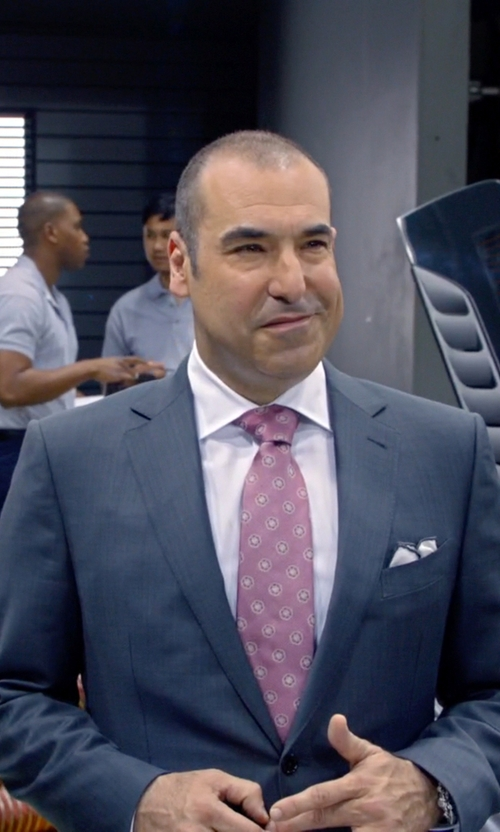 Rick Hoffman with Seiko Kinetic Perpetual Stainless Steel Watch in Suits
