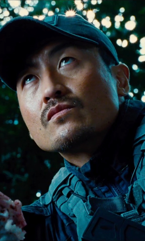 "Brian Tee with Vertx Custom Made ""ACU"" Kryptek Gunfighter Shirt in Jurassic World"