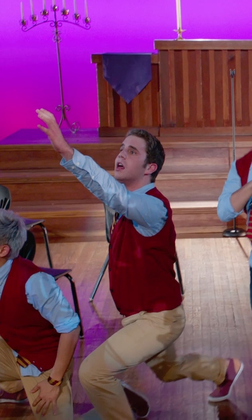 Ben Platt with Jos. A. Bank Collegiate Tie-Garnet in Pitch Perfect 2