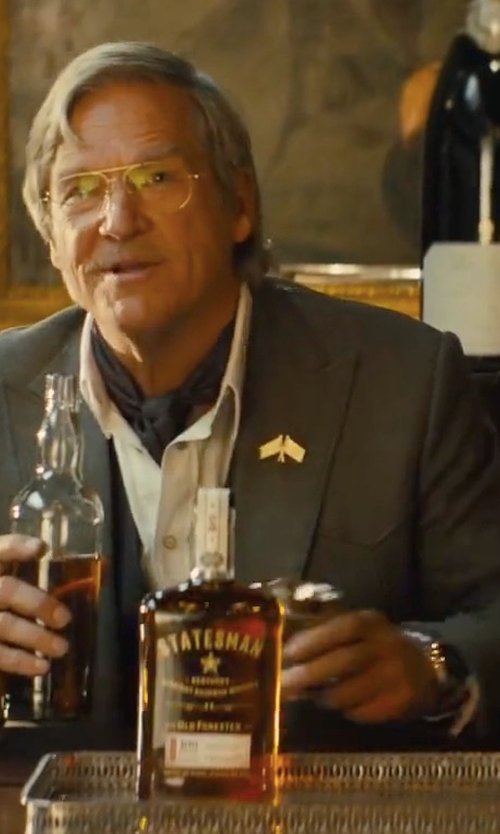 Jeff Bridges with Shinola Runwell Chronograph Watch in Kingsman: The Golden Circle