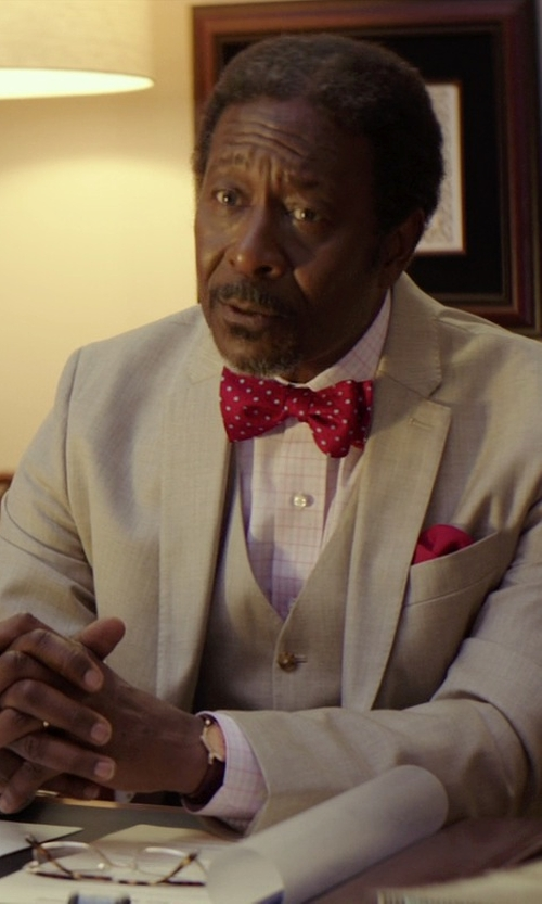 Clarke Peters with Marc by Marc Jacobs Fergus Leather Strap Watch in The Best of Me
