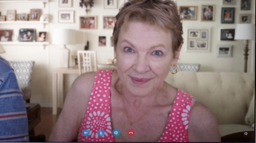 Dianne Wiest with Tommy Bahama Del Lago Floral Dress in Sisters
