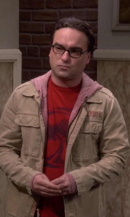 Johnny Galecki with Arbor Apparel Recycle T-Shirt in The Big Bang Theory