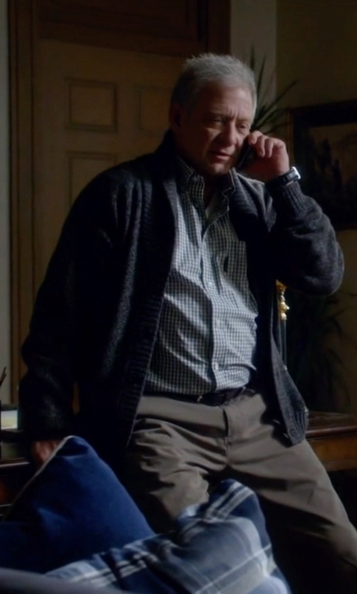 Jeff Perry with Brunello Cucinelli Button Down Shirts in Scandal