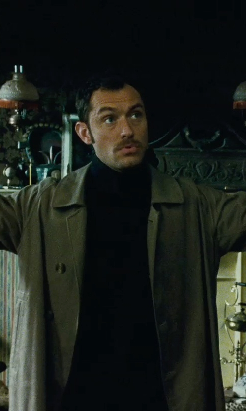 Jude Law with Jack Spade Bonded Trench Coat in Sherlock Holmes: A Game of Shadows