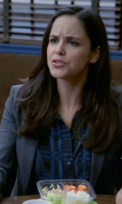 Melissa Fumero with Hanita Notch Lapel Blazer in Brooklyn Nine-Nine