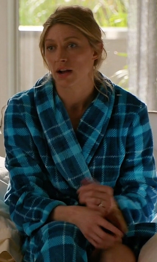 Jes Macallan with JCPenney Jasmine Rose Plaid Print Wrap Robe in Mistresses
