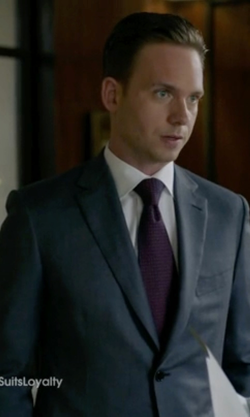 Patrick J. Adams with Amesbury Skinny Tie in Suits