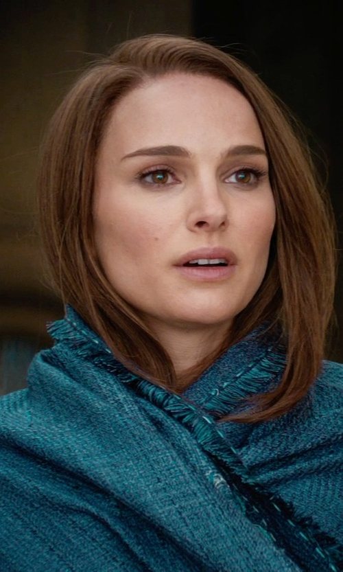 Natalie Portman with Wendy Partridge (Costume Designer) Custom Made Weaved Shawl (Jane Foster) in Thor: The Dark World