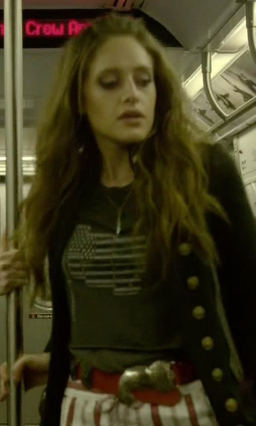 Carly Chaikin with Frame Le D-Ring Leather Belt in Mr. Robot
