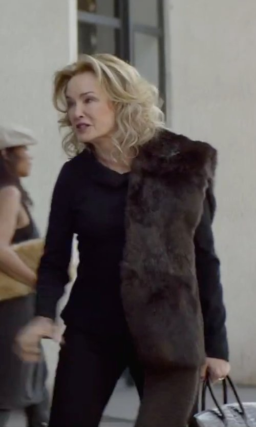 Jessica Lange with Hugo Boss 'Tulia' Tropical Wool Trousers in The Gambler