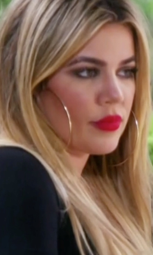 Khloe Kardashian with Lana Straight Magic Large Hoop Earrings in Keeping Up With The Kardashians