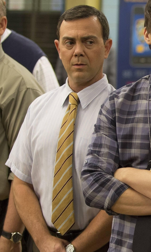 Joe Lo Truglio with JoS. A. Bank Heritage Multi Thin Stripe Tie in Brooklyn Nine-Nine