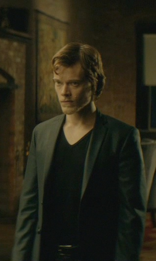 Alfie Allen with ATM Anthony Thomas Melillo V Neck Vintage Jersey T-Shirt in John Wick