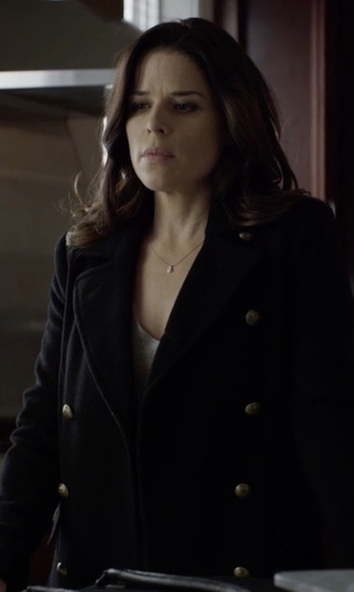 Neve Campbell with Jane Post Belted Tech-Fabric Trenchcoat in House of Cards