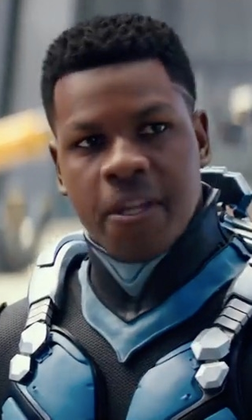 John Boyega with Seth Engstrom (Concept Artist) Jaeger Drivesuit in Pacific Rim: Uprising