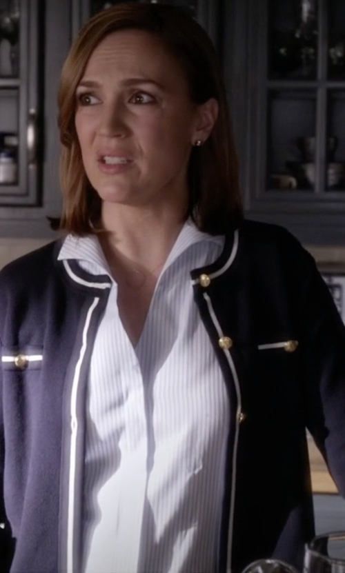 Lesley Fera with Brooks Brothers Tailored Fit Stripe Dress Shirt in Pretty Little Liars