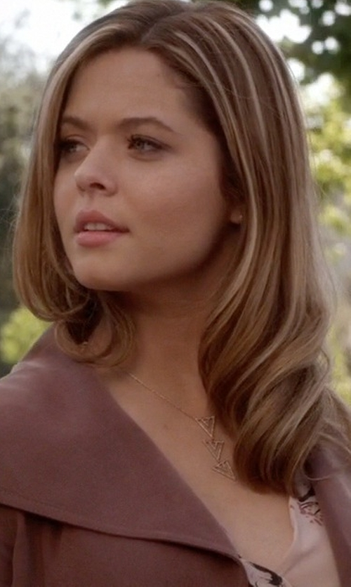Sasha Pieterse with Stella & Dot Pavé Spear Pendant Necklace in Pretty Little Liars