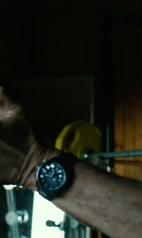 Michael Keaton with G-Shock Rubber Strap Watch in American Assassin