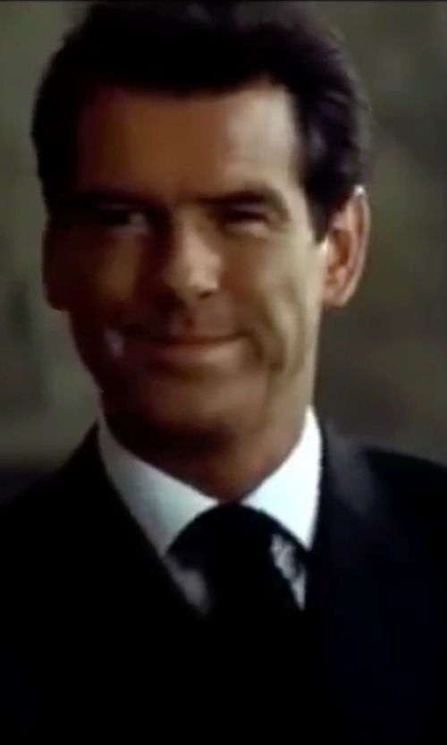 Pierce Brosnan with Giorgio Armani Pointed Collar Shirt in The World is Not Enough