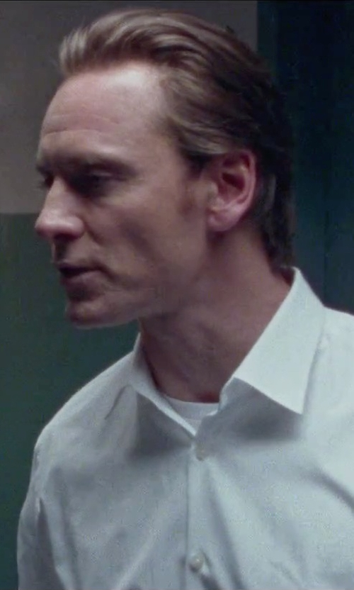 Michael Fassbender with John Varvatos Plain Weave T-Shirt in Steve Jobs