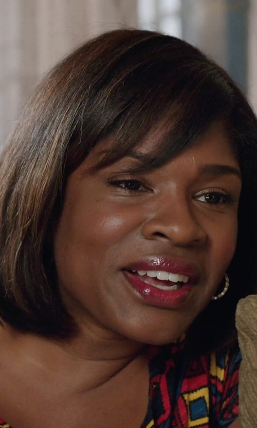 Edwina Findley Dickerson with Neiman Marcus Small Hoop Earrings in Get Hard