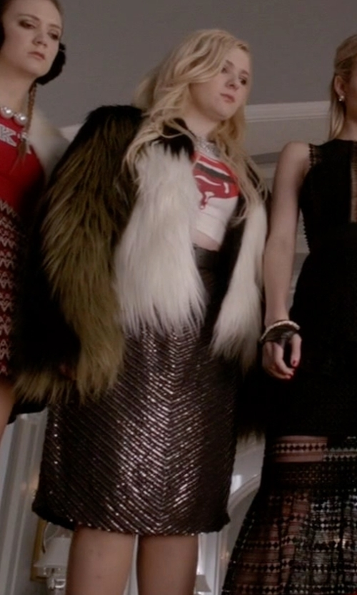 Abigail Breslin with Minkpink Metallic Stripe Pencil Skirt in Scream Queens