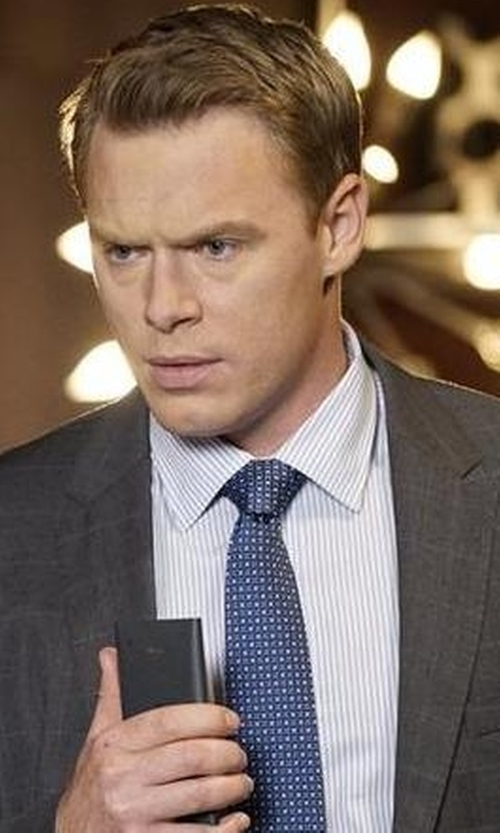 Diego Klattenhoff with Versace Slim Silk Necktie in The Blacklist