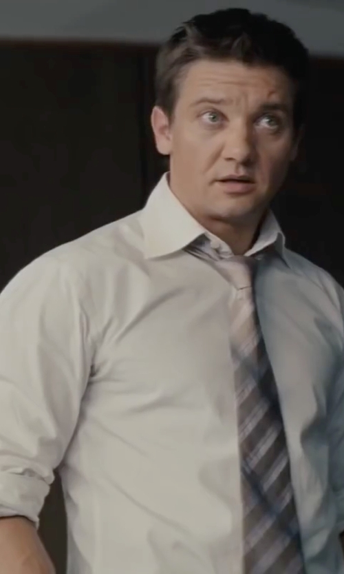 Jeremy Renner with Armani Collezioni Modern Fit Poplin Dress Shirt in Mission: Impossible - Ghost Protocol