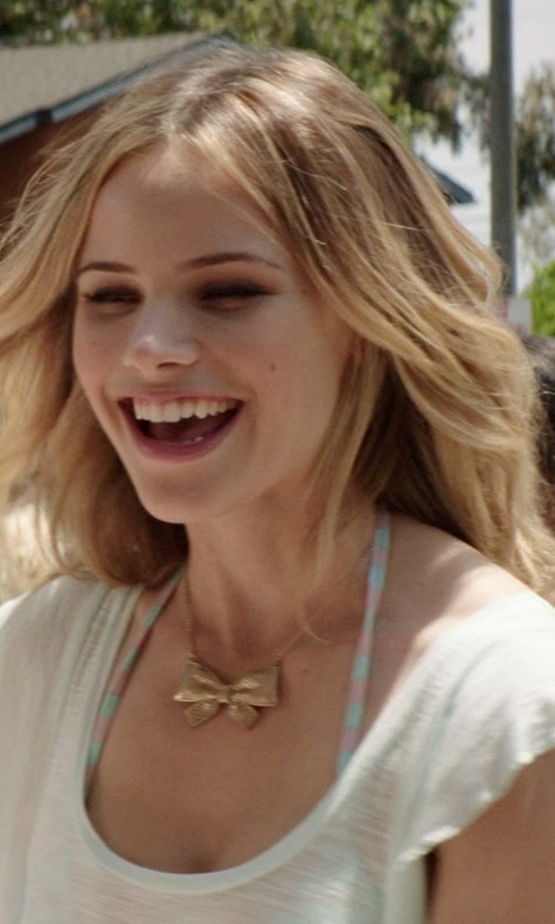 Halston Sage with Joie Rancher D. Pocket T-Shirt in Neighbors